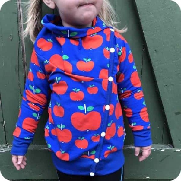 Vinatege in my heart appeltjes blauw tricot
